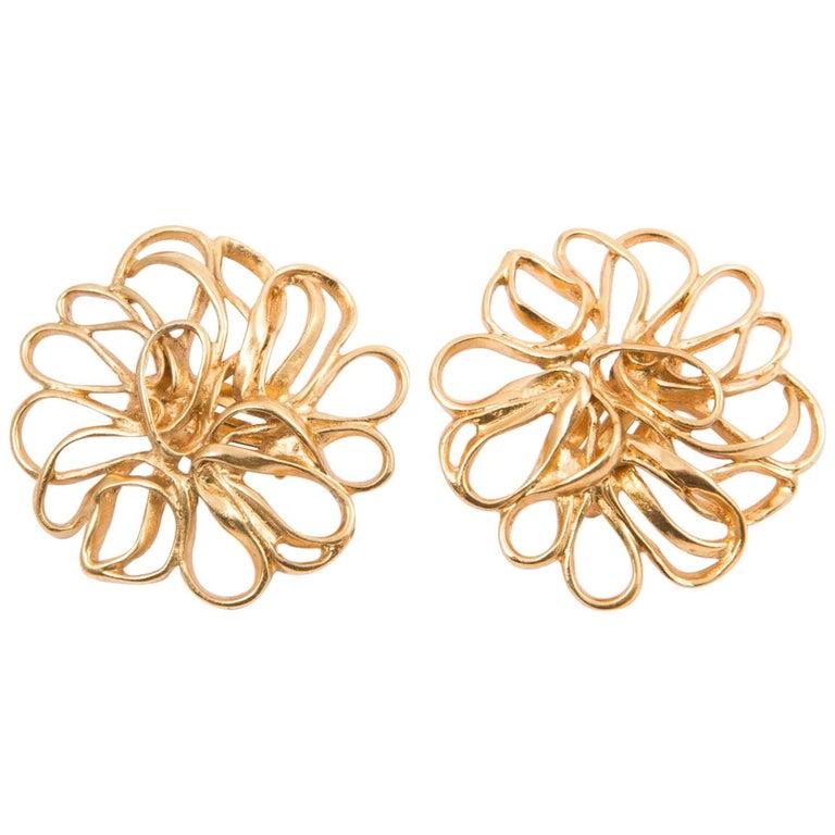 60ef5c0e23a Yves Saint Laurent Flower Gold Tone Clip On Earrings For Sale at 1stdibs