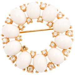 Trifari Round White and Strass Brooch