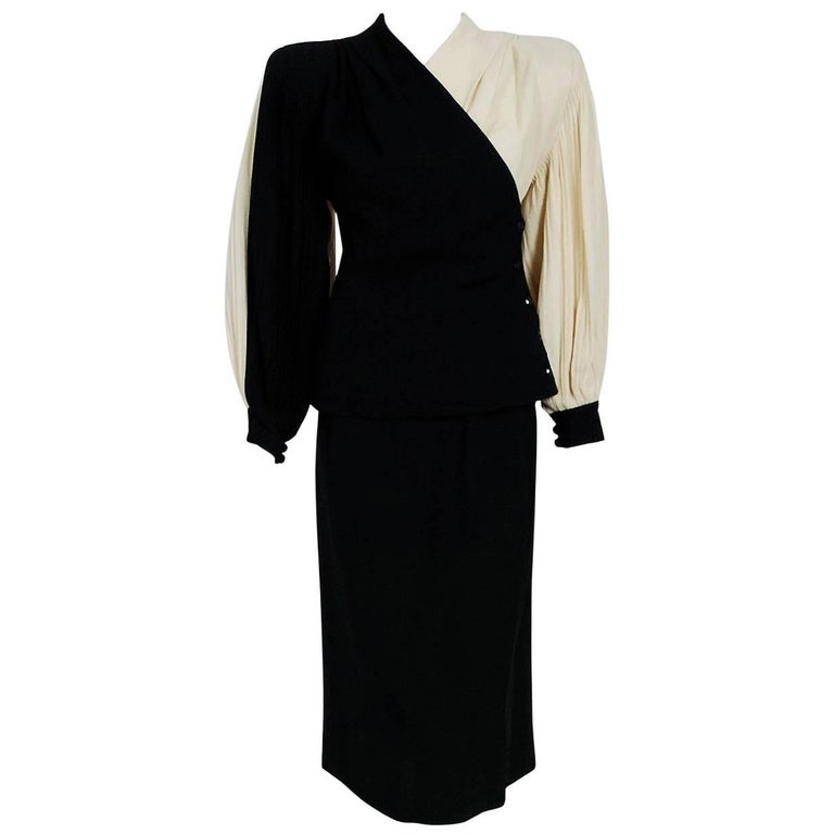 1945 Lilli-Ann Black and Ivory Block-Color Wool Crepe Pleated Jacket Skirt Suit