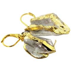 Gemjunky Artistic Glistening Quartz Dangle Gold Plated Lever-Back Earrings