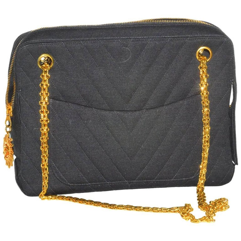 868f861c344a Fabulous Vintage Chanel Chevron Quilted Jersey Bag For Sale at 1stdibs