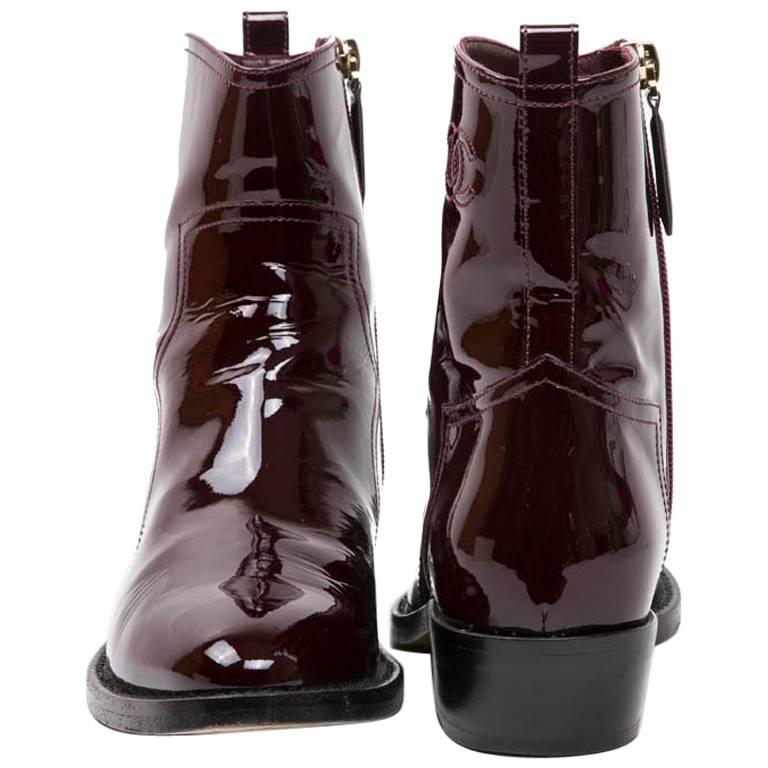 8460da96a36a CHANEL Boots in Burgundy Patent Leather Size 37FR For Sale at 1stdibs