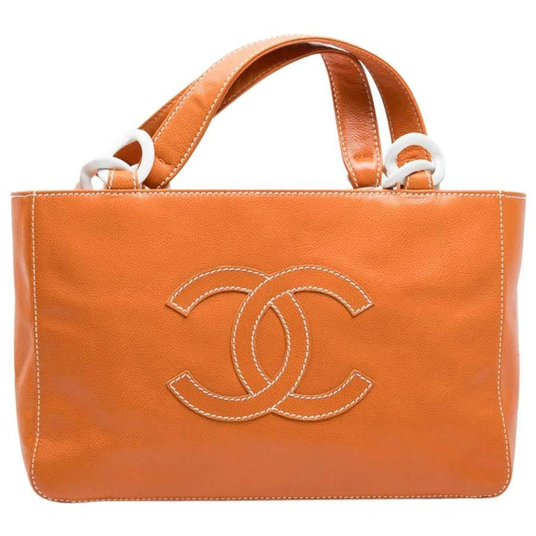 CHANEL Tote Bag in Orange Leather with White Stitching