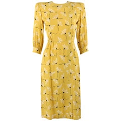 SERGEE OF CALIFORNIA c.1940's Yellow Daisy Floral Print Rayon Crepe Day Dress
