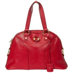 Yves Saint Laurent Muse 1 in Red calf leather