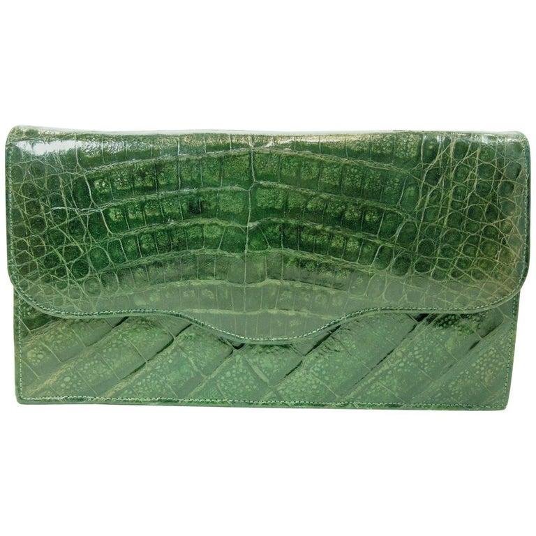 913096559f39 Vintage 1940s Green Crocodile Clutch Bag at 1stdibs