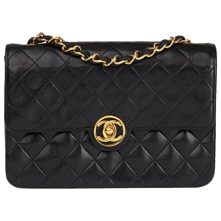 1989 Chanel Black Quilted Lambskin Vintage Classic Single Flap Bag  For Sale