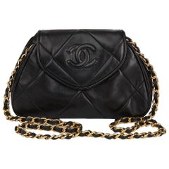 1989 Chanel Black Quilted Lambskin Vintage Timeless Mini Shoulder Pochette