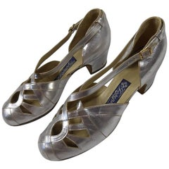 Pair of Salomé Shoes in silver leather - France Circa 1930/1940