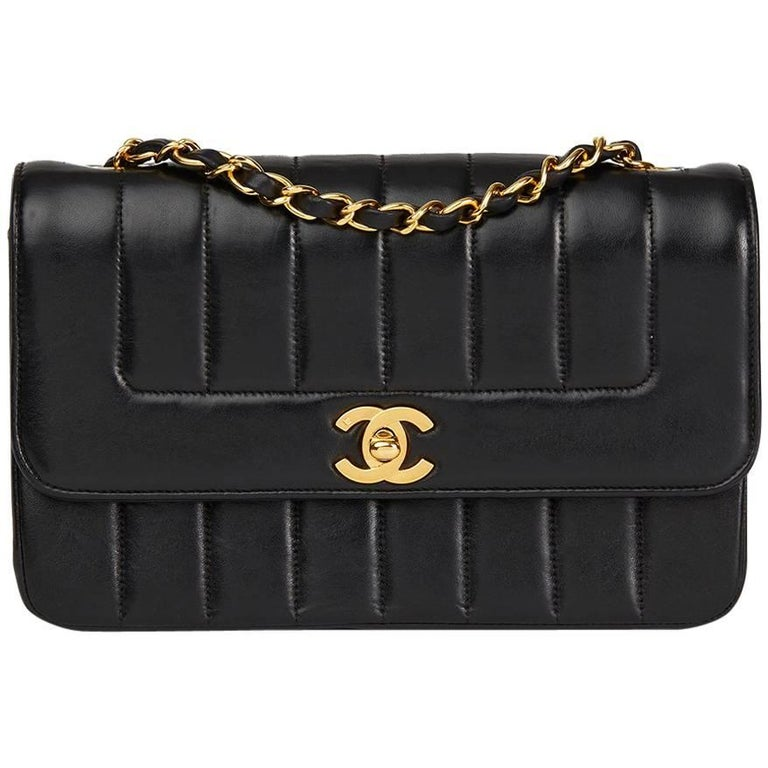 b0b94a694087 1991 Chanel Black Vertical Quilted Vintage Classic Single Flap Bag For Sale