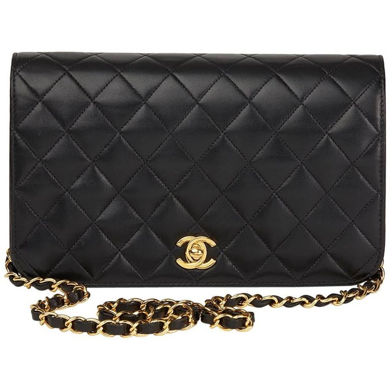 15dda8ceecf4e 2004 Chanel Black Quilted Lambskin Vintage Small Classic Single Full Flap  Bag For Sale.