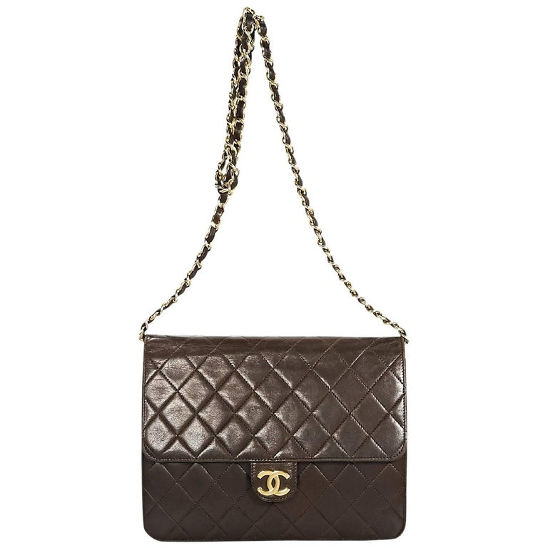 cd0ca02f1eb4 Brown Vintage Chanel Quilted Leather Crossbody Bag For Sale at 1stdibs