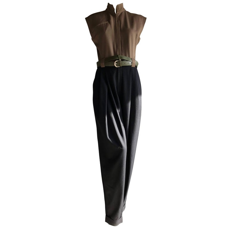 1980s Gianni Versace 2-Tone Gabardine Jumpsuit W/ Pleated Pants and Nehru Collar For Sale