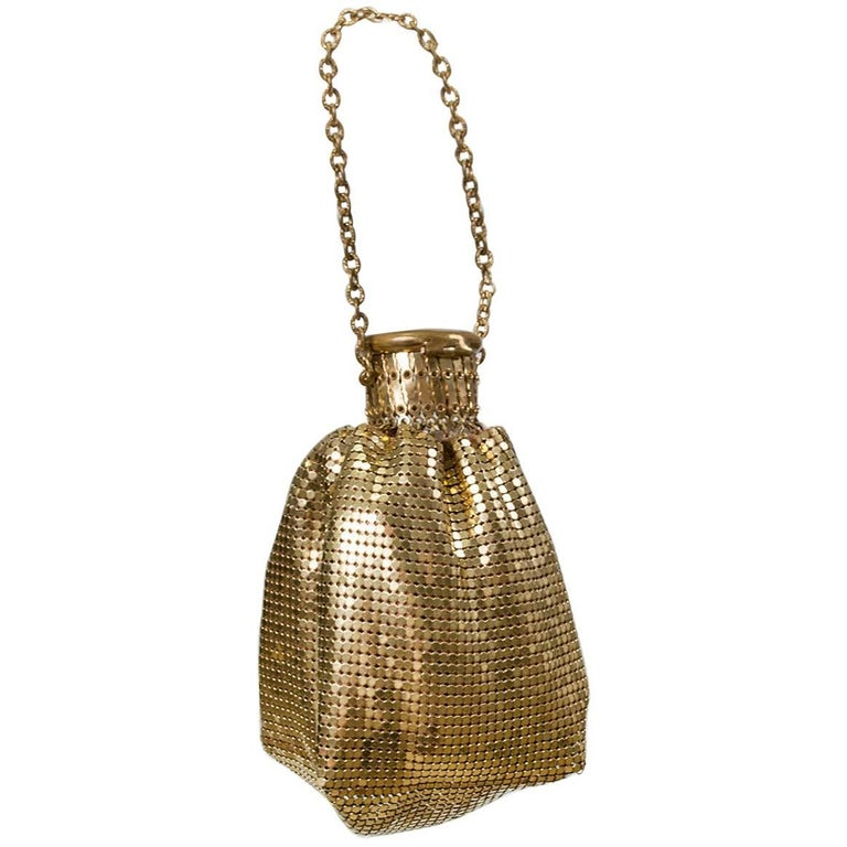 Whiting & Davis Gold Mesh Beggar's Purse, 1930s