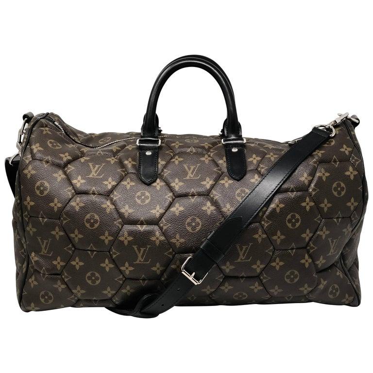 9468ac71499d Louis Vuitton Monogram Hexagone Keepall Bag For Sale at 1stdibs