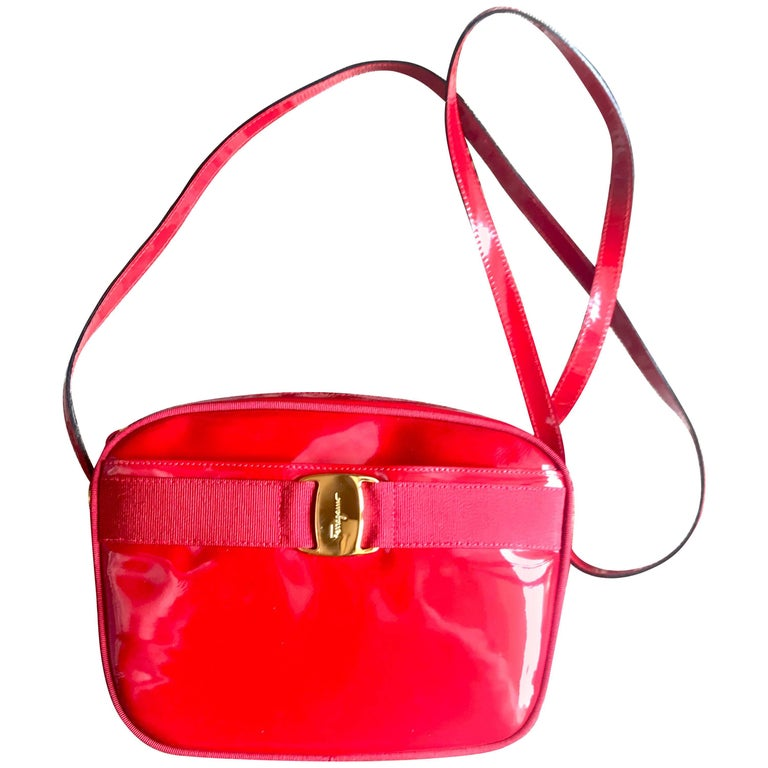 Salvatore Ferragamo vara Vintage patent enamel lipstick red shoulder bag