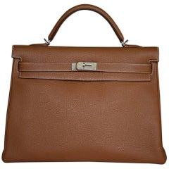 Hermès 40CM Tan Togo Leather Silver H/W Kelly Bag