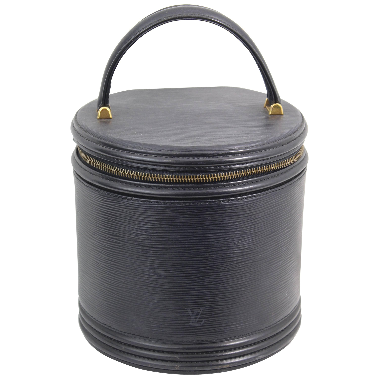 5c84de8134ab Louis Vuitton Cannes Black Epi Leather Vanity case at 1stdibs