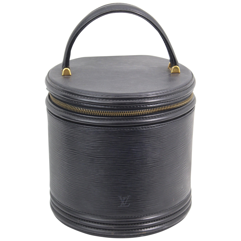 ba5c63d09b8e Louis Vuitton Cannes Black Epi Leather Vanity case at 1stdibs