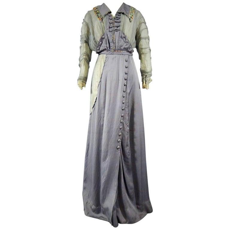 Day dress circa 1905 - England