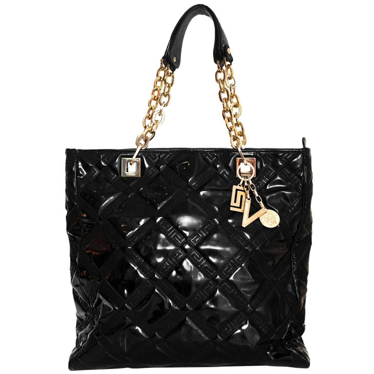 a9ed020f838d Versace Black Quilted Patent Leather Tote Bag For Sale at 1stdibs