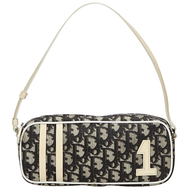 6132e6a48ceb Dior Gray Oblique Trotter Baguette For Sale at 1stdibs