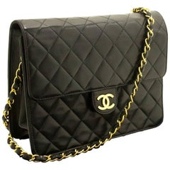Chanel Small Chain Black Quilted Flap Lambskin Shoulder Bag Clutch