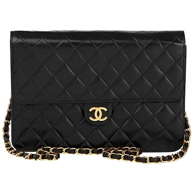 f2adc0a102b9 1997 Chanel Black Quilted Lambskin Vintage Medium Classic Single Flap Bag  For Sale