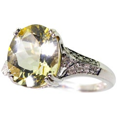 Unique 4 Carat Yellow Labradorite and Diamond White Gold Ring