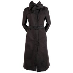 2004 VIKTOR & ROLF brushed cotton runway coat with bow collar