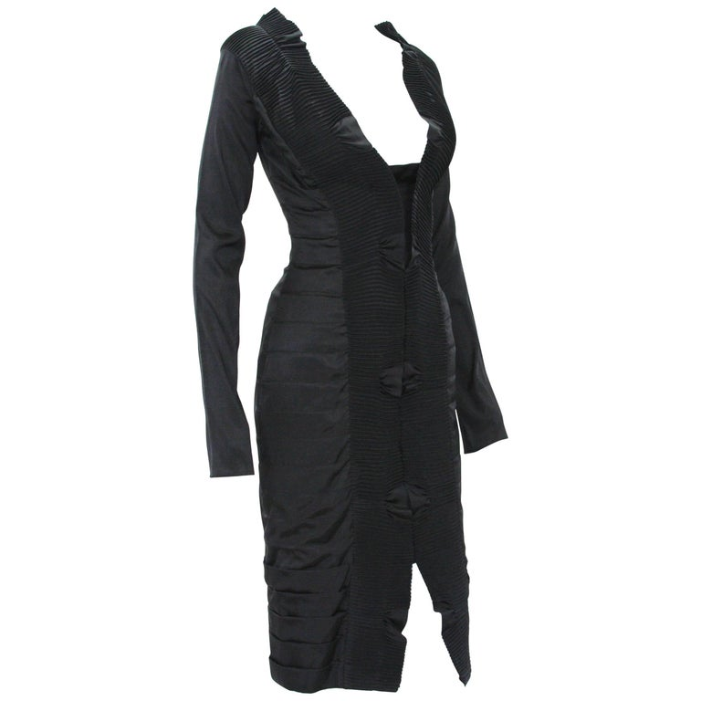 35e1078f4f2 Gucci by Tom Ford F W 2004 AD Runway Silk Black Plisse Cocktail Dress It