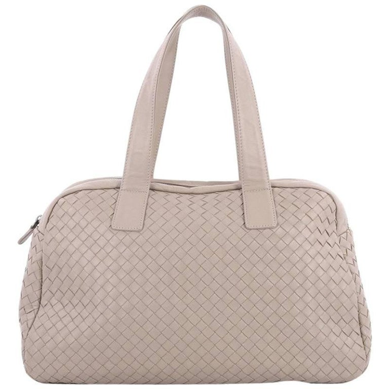 a4e11242f6a0 Bottega Veneta Zip Boston Bag Intrecciato Nappa Medium at 1stdibs
