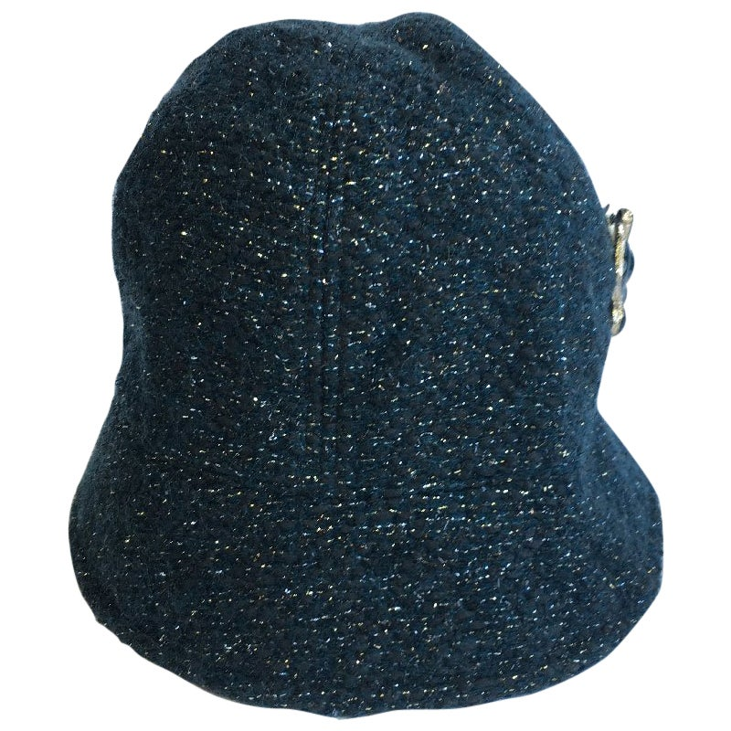 CHANEL Hat in Green Tweed with Gold Thread and Molten Glass Jewel