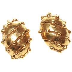 Chanel Vintage Clip-On Earrings
