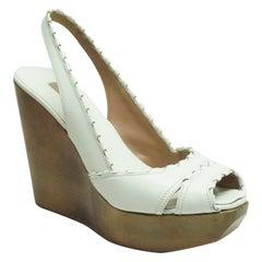 Alaia White Leather Peep-Toe Slingback Wedge - 37