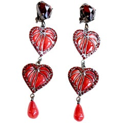 Lou Lou de la Falaise red Gripoix glass heart earrings, 1980s