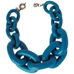 Vanda Jacintho Oversized Blue Resin Link Necklace