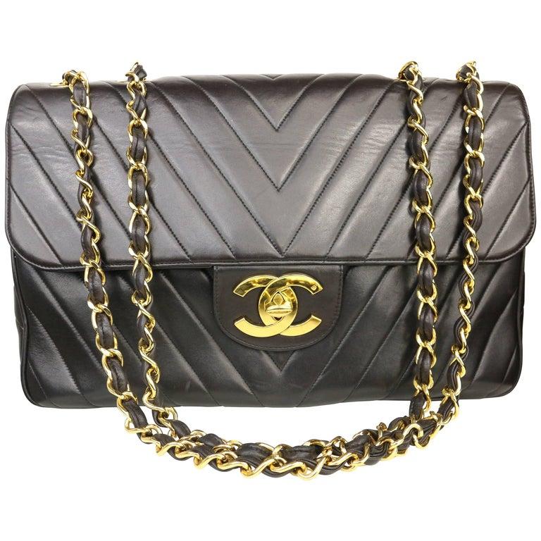 7795e7a2d283 Chanel Black Lambskin Chevron Stitch Maxi Flap Shoulder Bag For Sale ...