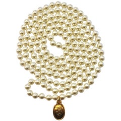 Huge Chanel faux Pearl and gilt CC charm necklace