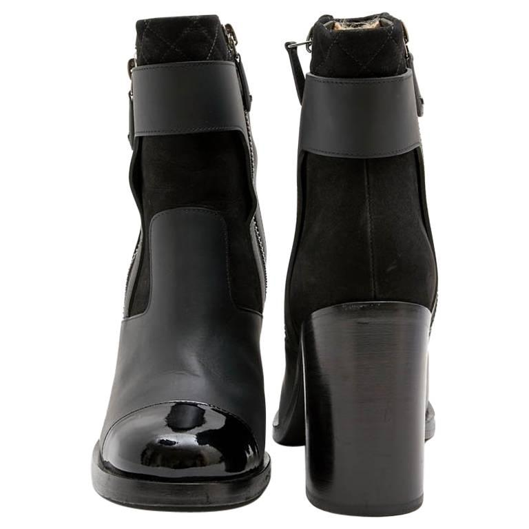 CHANEL Ankle Boots in Black Leather Size 38.5EU