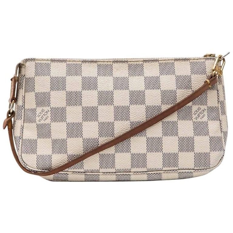 LOUIS VUITTON Clutch in Azur Checkered Canvas and Natural Cow Leather