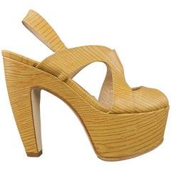 FENDI Size 5.5 Beige ood Embossed Leather Slingback Platform Sandals