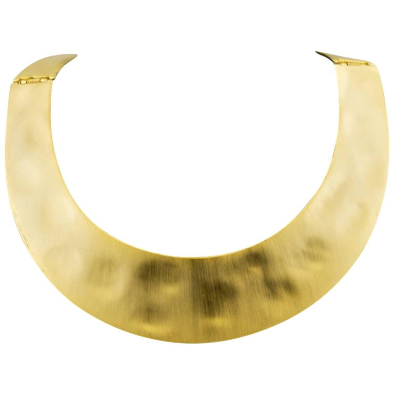 Kenneth Lane Gold Tone Hammered Flat Choker, 1970s   For Sale