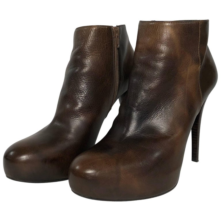 Stuart Weitzman Stiletto Ankle Boot Platform in Burnished Brown Leather