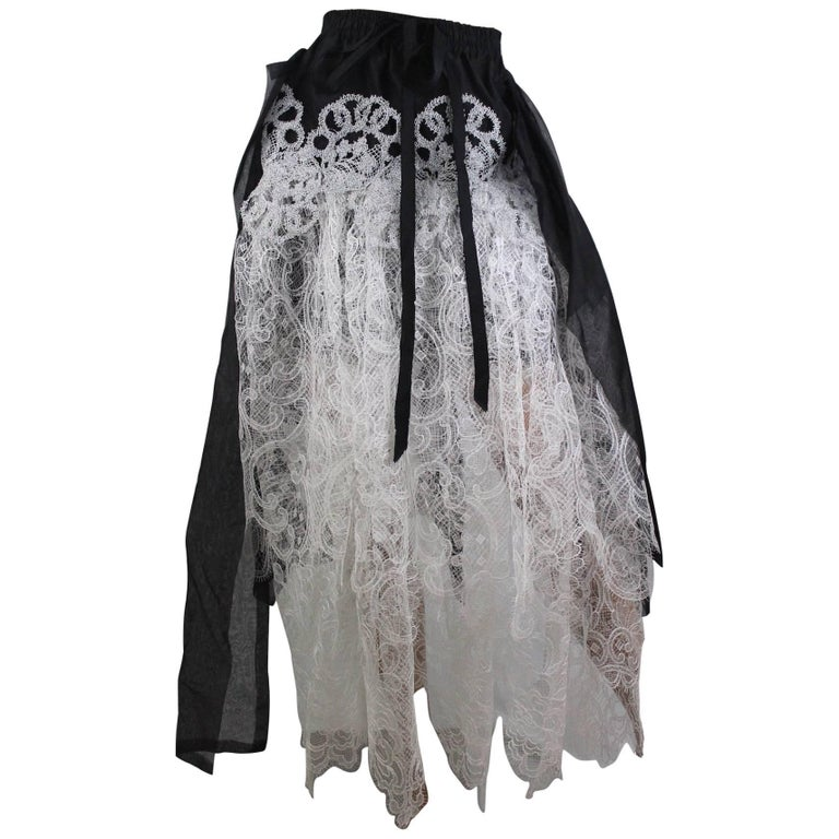 Vivienne Westwood Gold Label Iris Skirt in Lace from SS 15 Size US 4