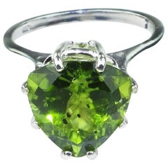 Sparkling Peridot Trillion Cocktail Ring