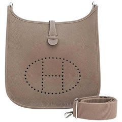 Hermes Etoupe Evelyne PM Taupe 29 cm Kurier- / Schultertasche
