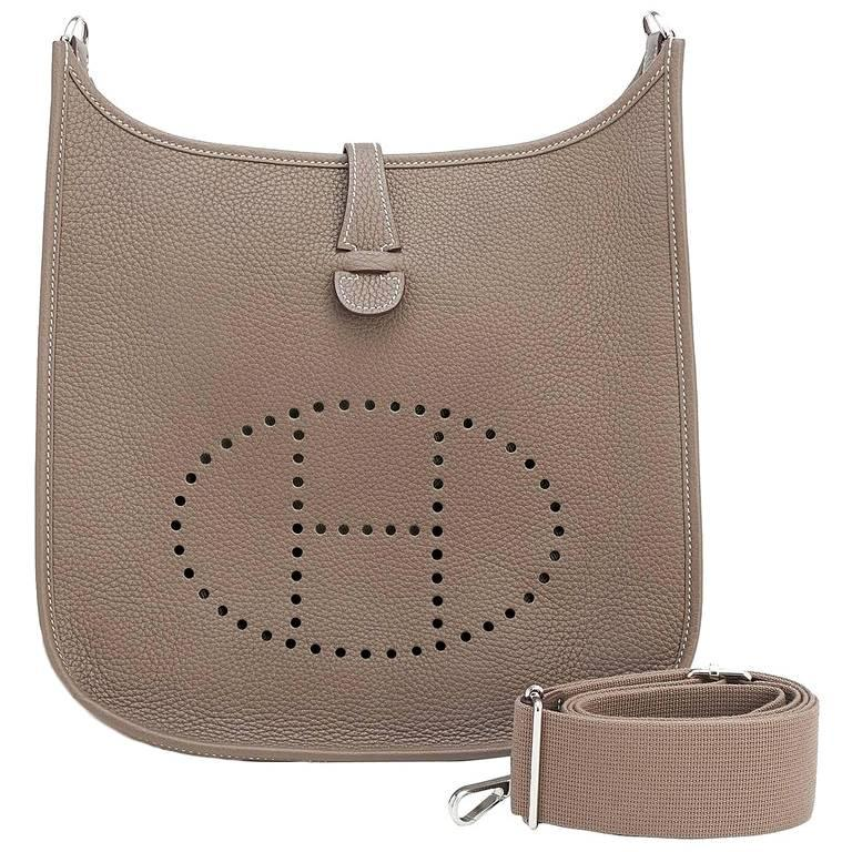 Hermes Etoupe Evelyne PM Taupe 29cm Messenger Shoulder Bag For Sale