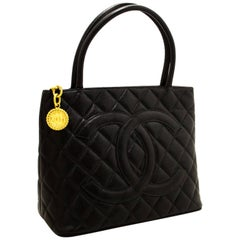 CHANEL Caviar Medallion Gold Hw Shoulder Bag Black Leather Quilted