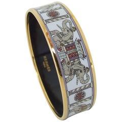 Hermès Enamel Printed Elephants Pattern Bracelet Torana White GHW GM 70